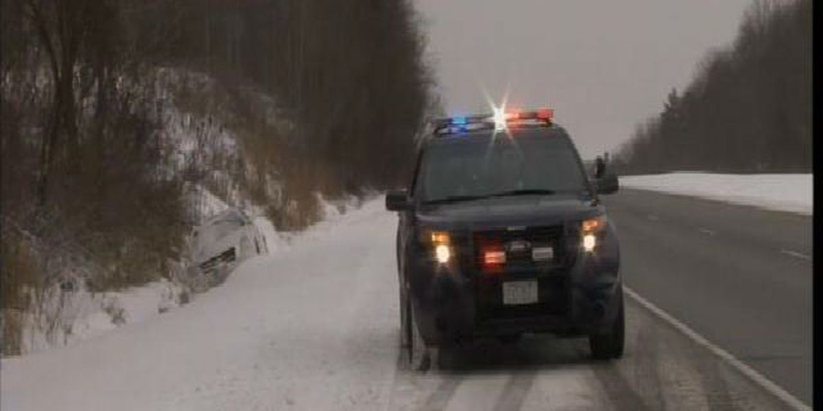 Winter weather creates messy morning commute