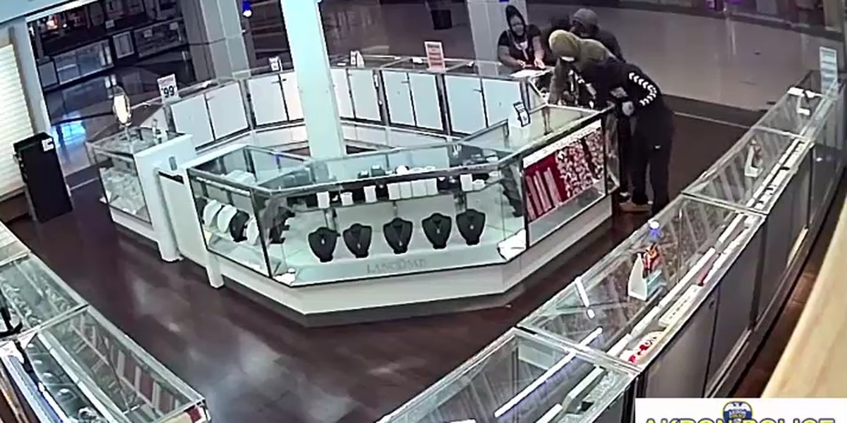 Akron police release surveillance video of jewelry store smash-and-grab at Chapel Hill Mall