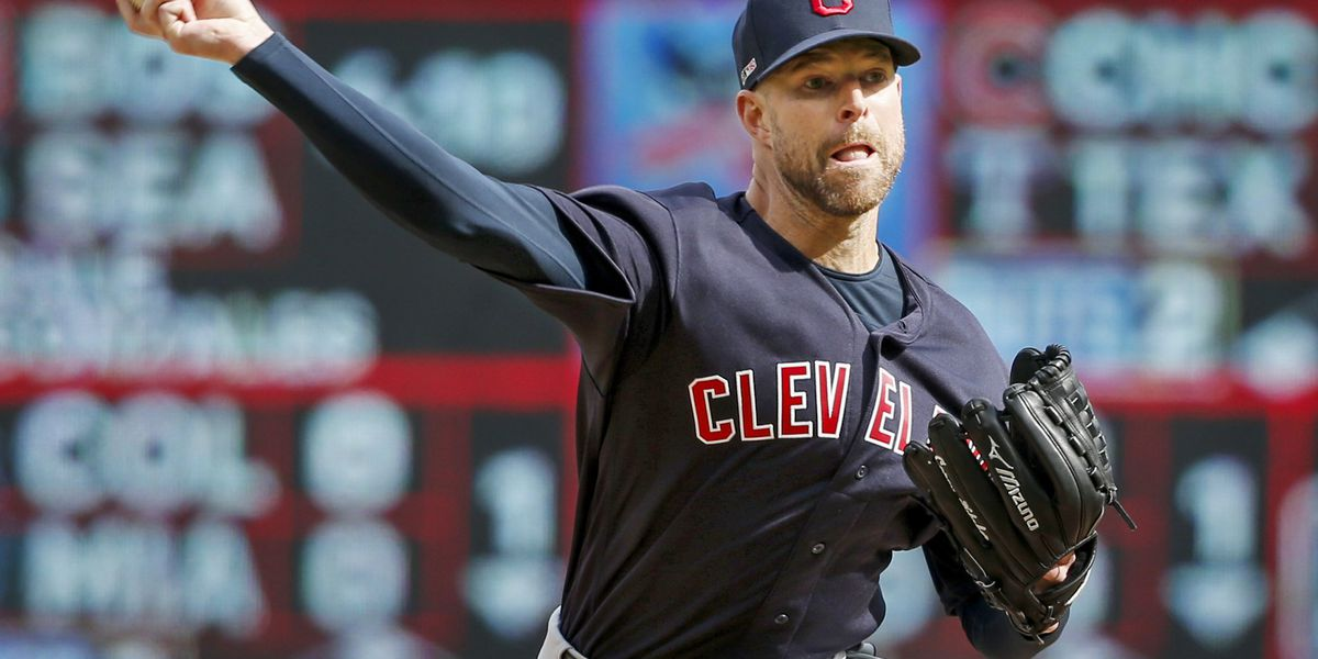 Indians' Kluber arm healing, close to throwing in bullpen
