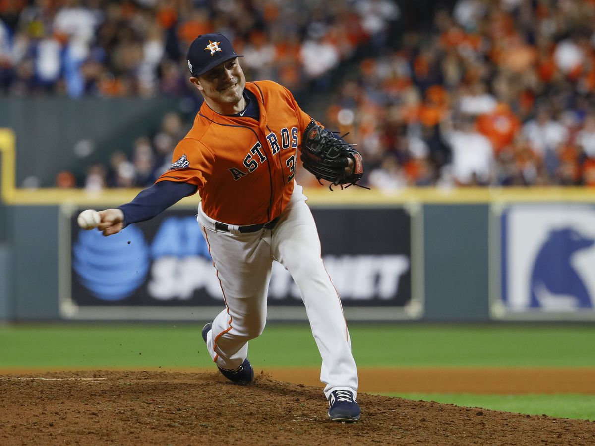 Houston Astros pitcher Joe Smith, wife to donate meals to a Lorain hospital this week