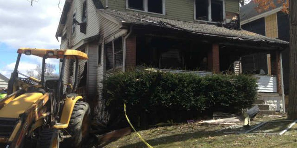 2 adults, 1 child killed in Youngstown house fire