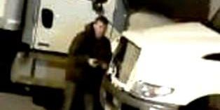 Cleveland police searching for suspect that stole $400 headlights off semi-truck