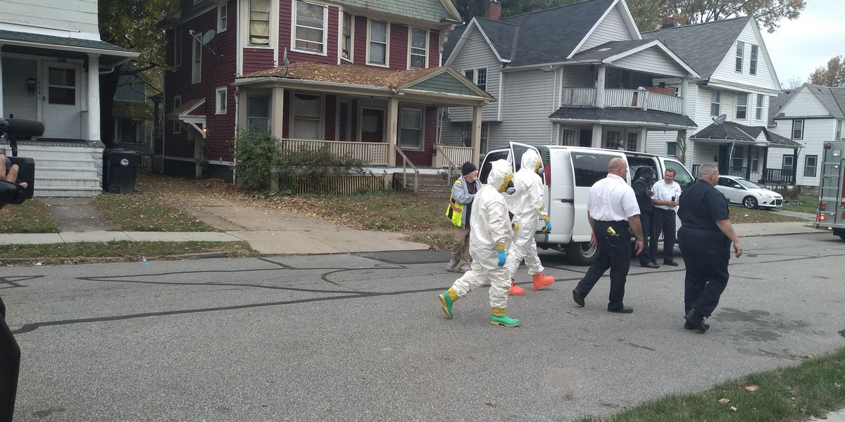 Cleveland bomb squad at home on city's West Side