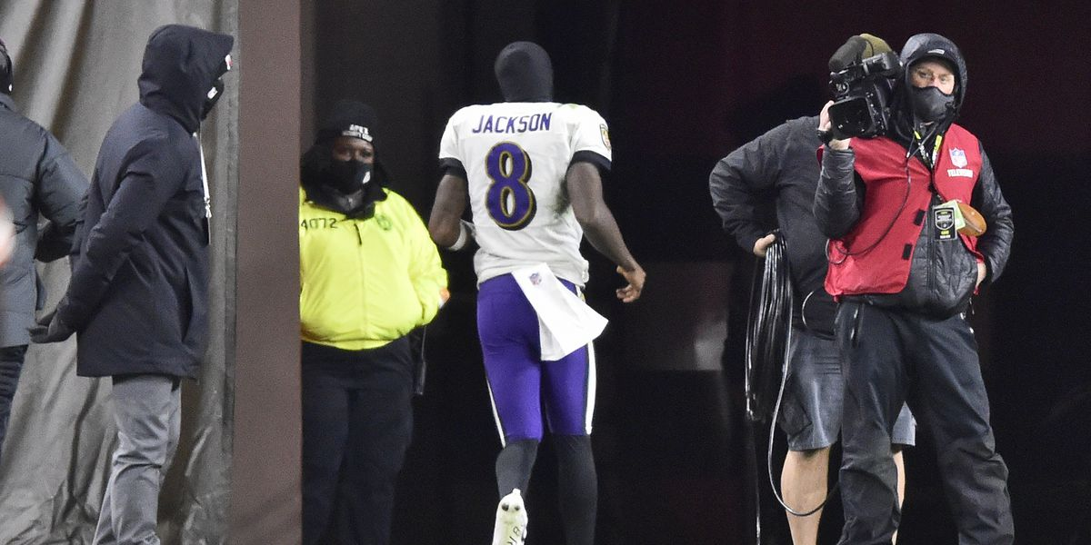 Company offers bidets to Baltimore Ravens after Lamar Jackson experiences 'cramps' during Cleveland Browns game