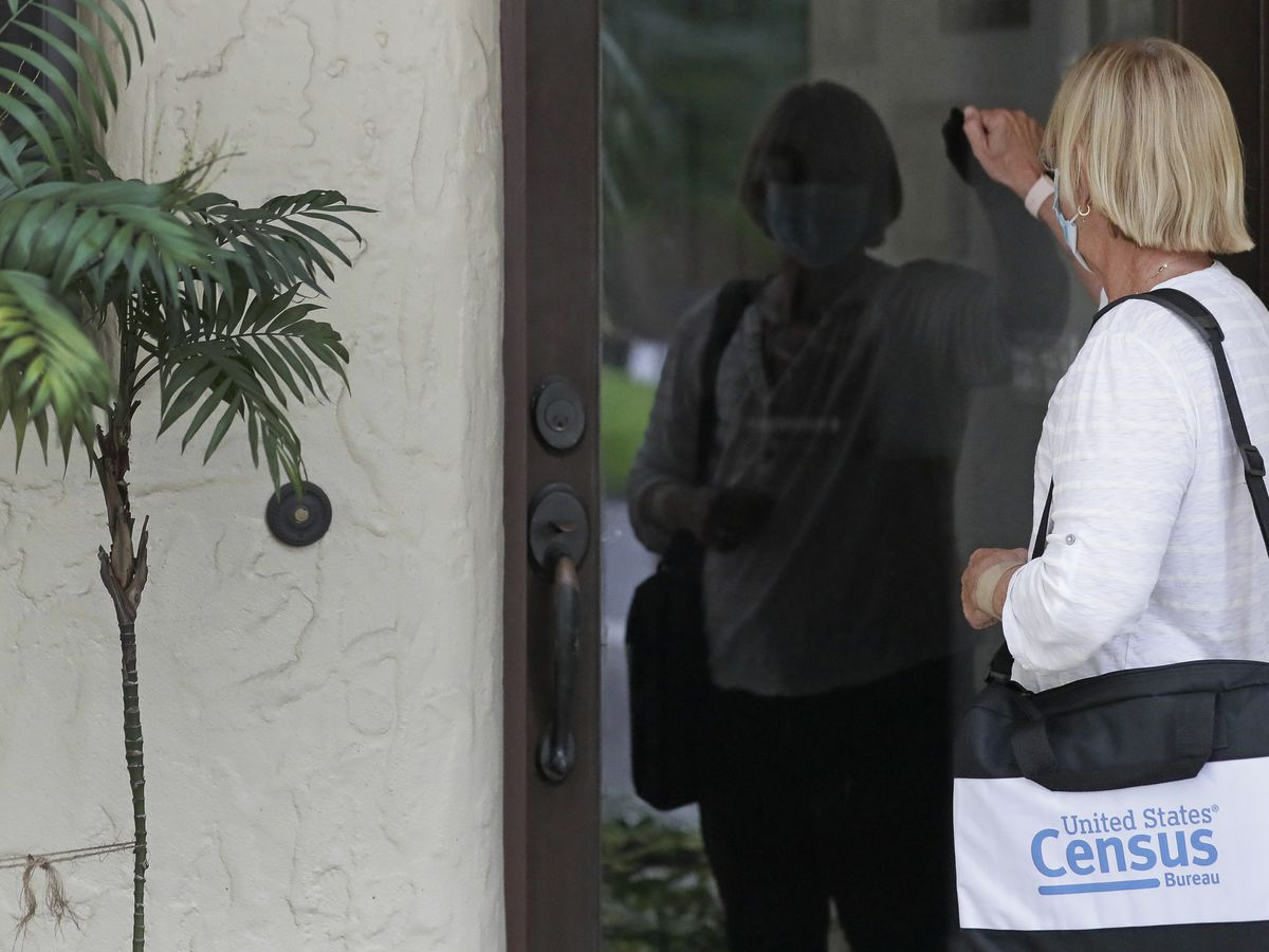 Judge says 2020 census must continue for another month