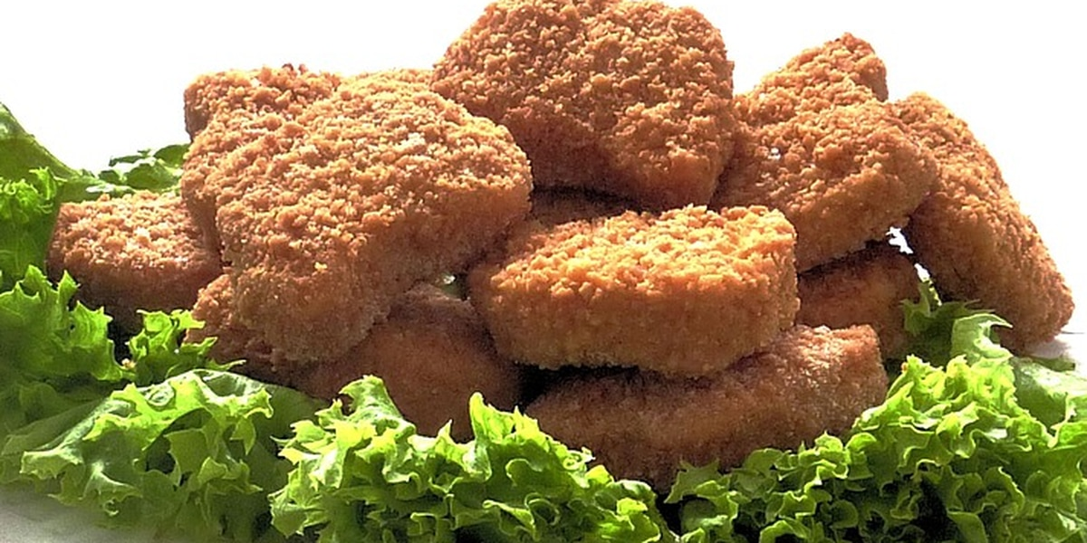 Woman calls 911 after chicken nuggets were not cooked quick enough