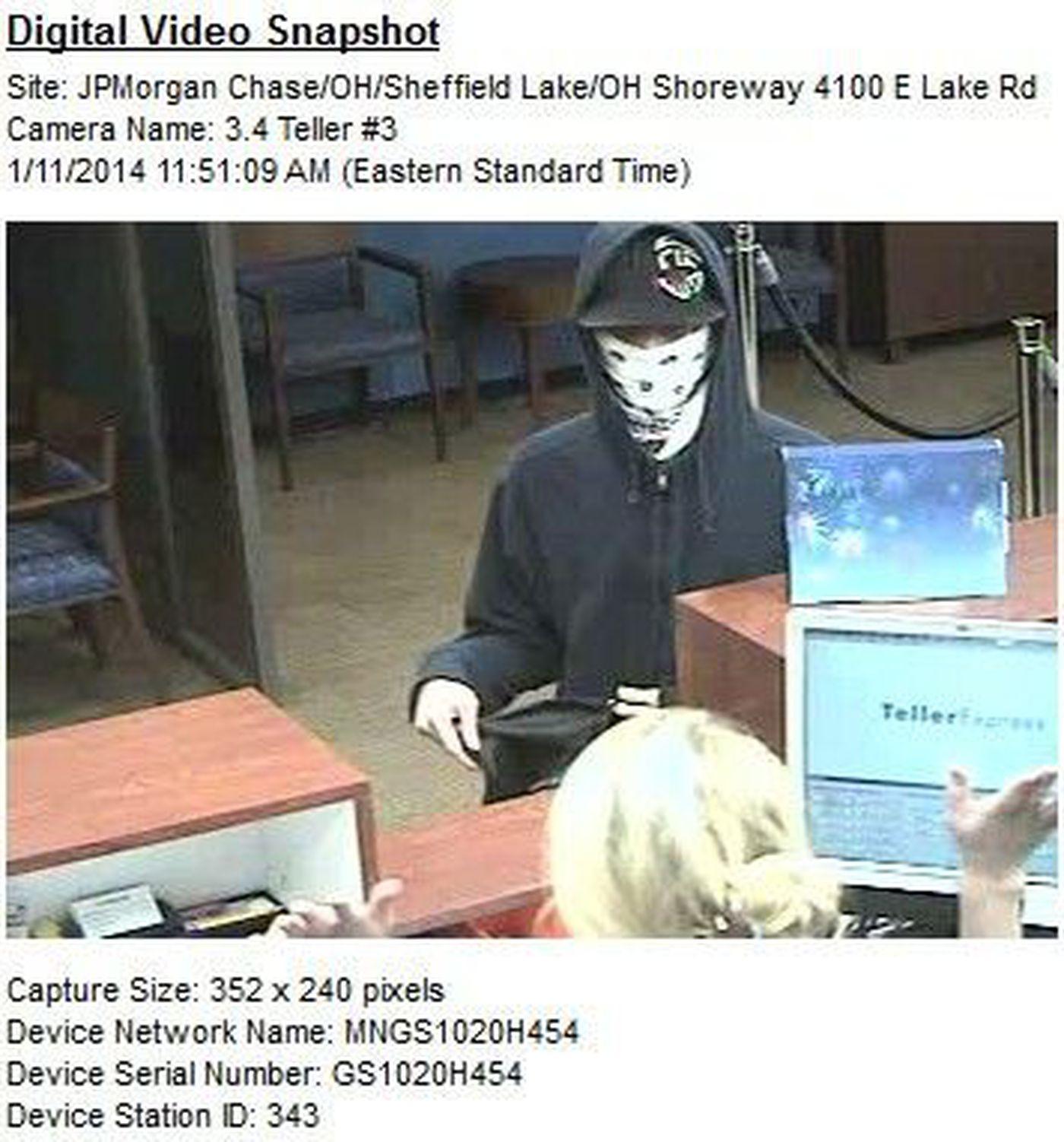 Two men rob Chase Bank in Sheffield Lake