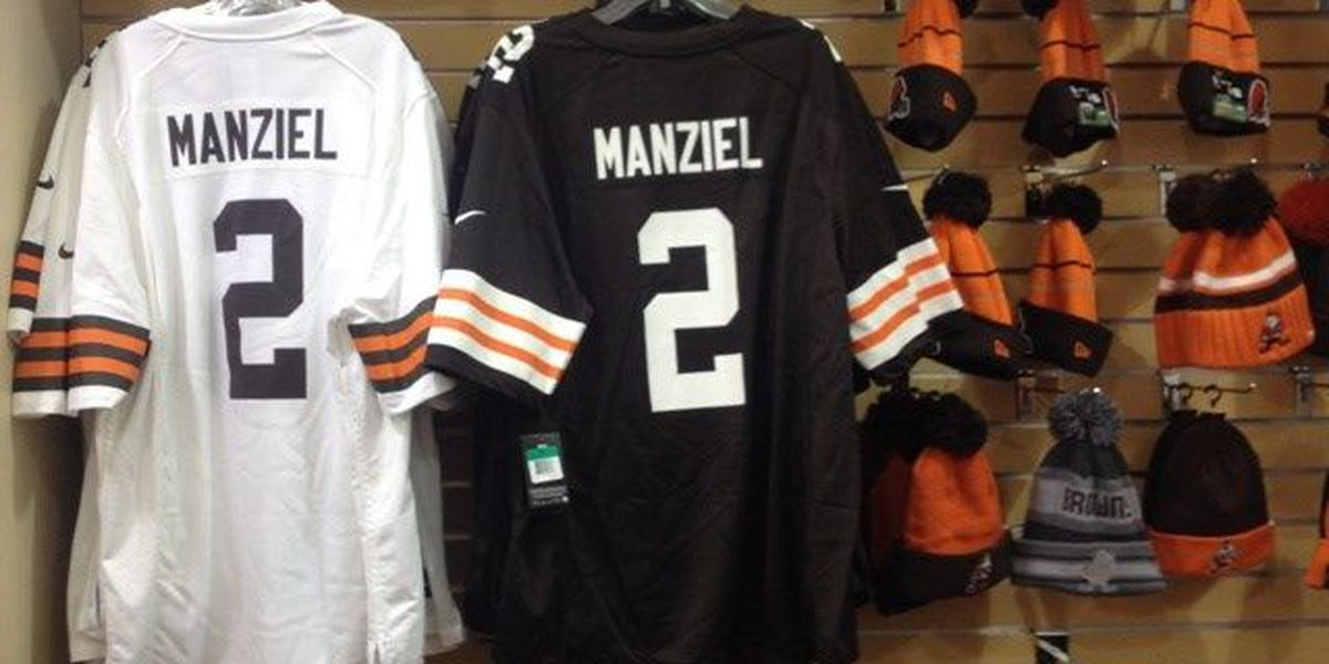 Manziel Mania: Fans excited to see Johnny Football play