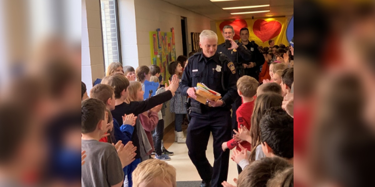 Elementary school students give retiring South Russell police officer special goodbye (video)