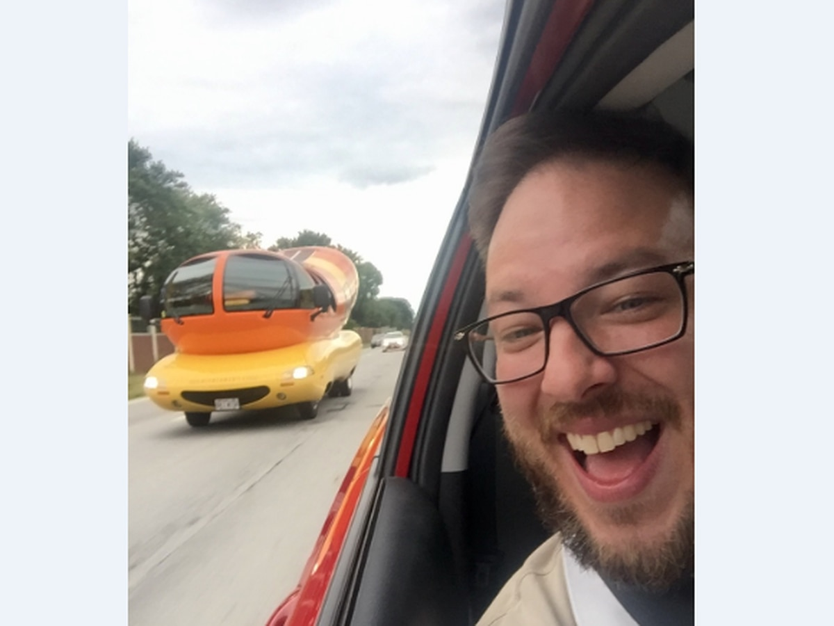 Oscar Mayer Wienermobile recruiting 'Hotdoggers' to travel the nation, and spread the good word