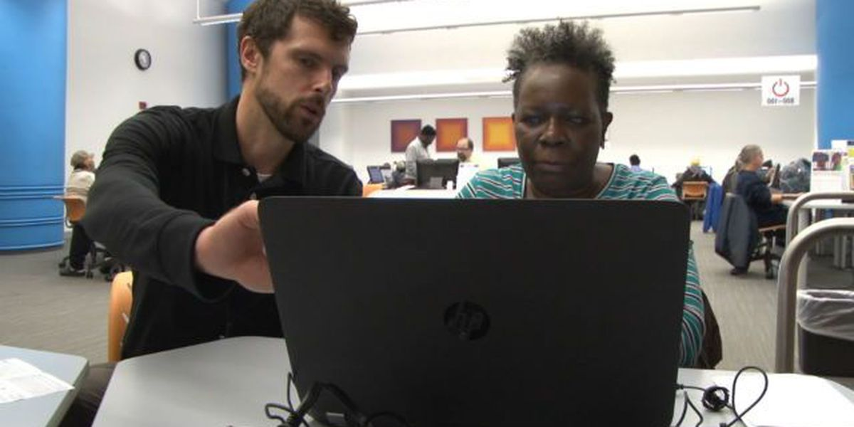 Out of the Box: Cleveland woman defeats computer fears