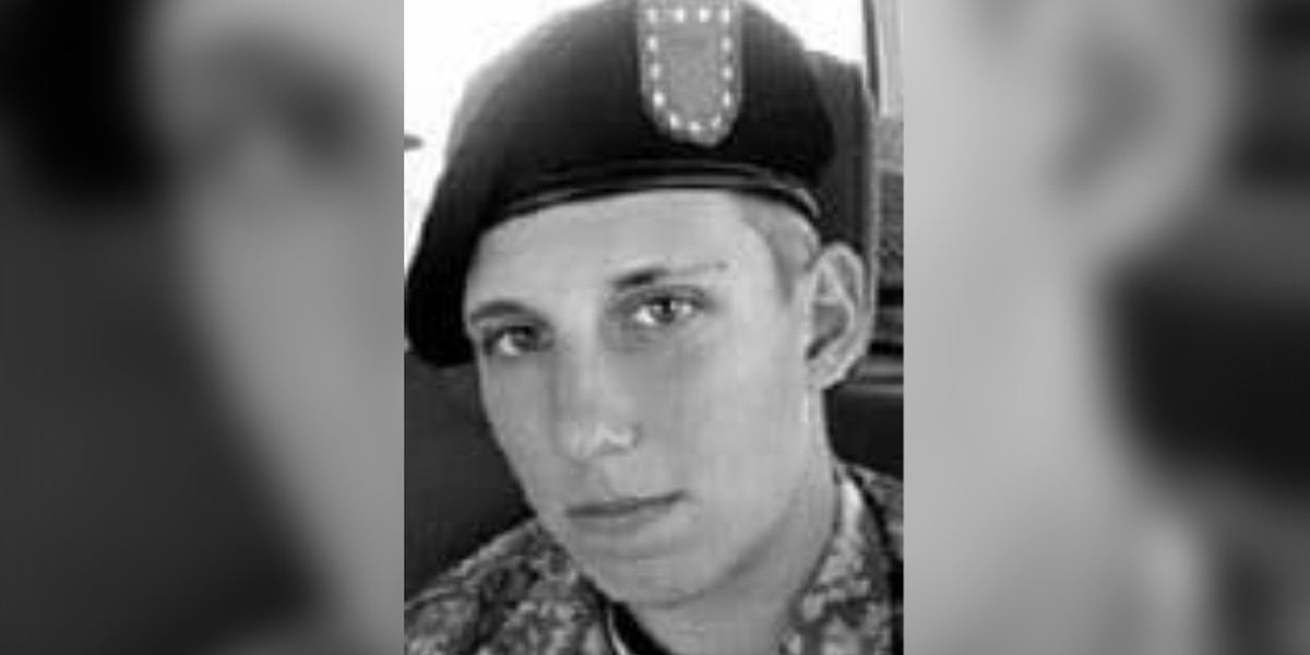 Friends of slain 25-year-old Army veteran anxiously wait for jury's decision in 2012 Akron murder trial