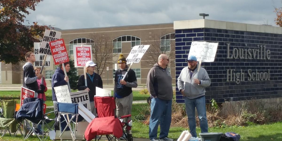 Stark County school district's teachers strike enters 3rd day