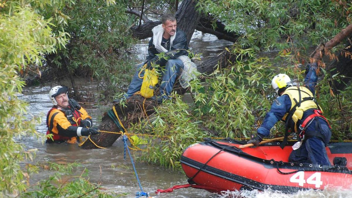 Village of Clinton Fire Department removes man from Tuscarawas River
