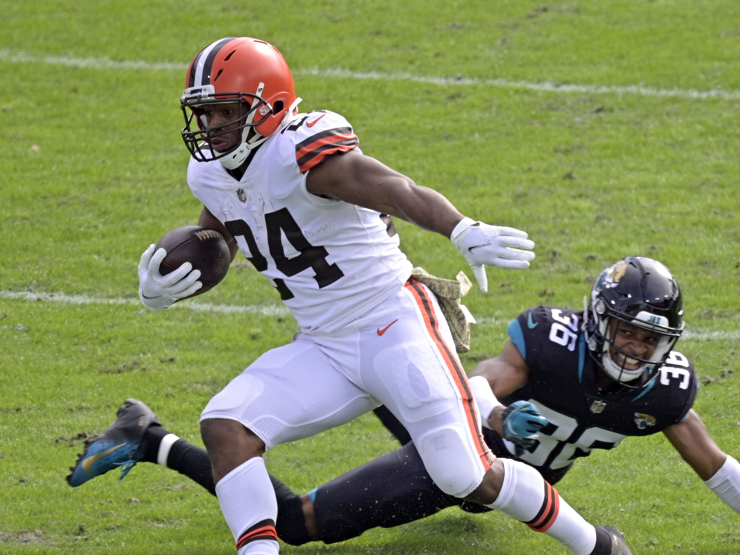 Cleveland Browns turn back Jacksonville Jaguars, 27-25