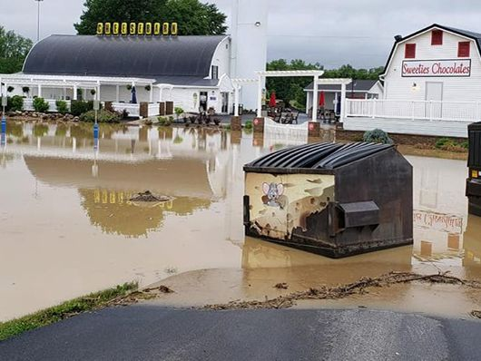 Grandpa's Cheesebarn & Sweeties Chocolates in Ashland closed due to flooding