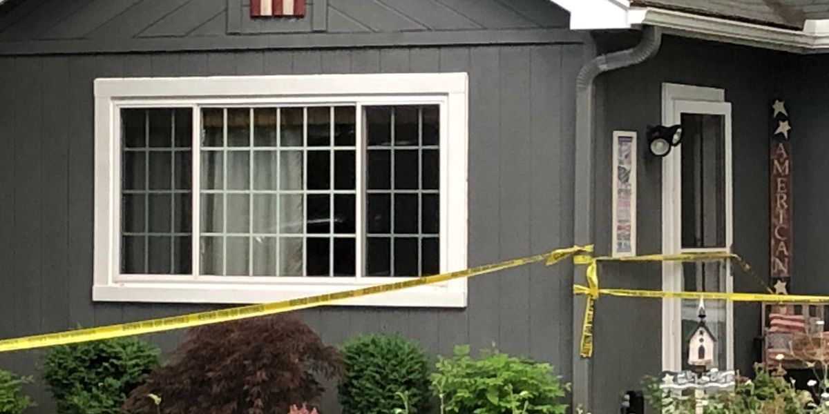 Mentor-On-The-Lake Police find 2 bodies inside a home; police say suspected murder-suicide
