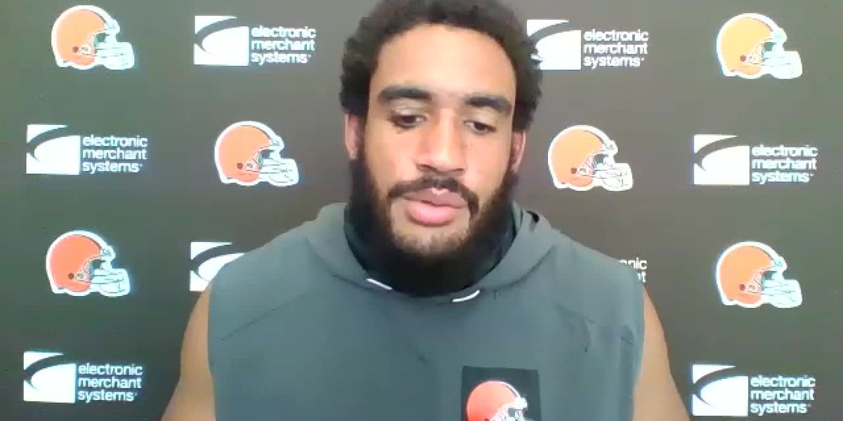 Browns defense suffers big blow with Olivier Vernon's injury heading into playoffs