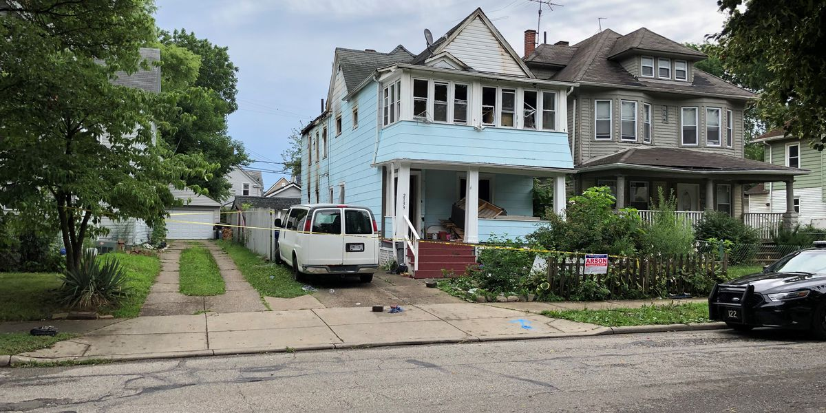 1 dead, 8 injured in early-morning house fire on Cleveland's West Side