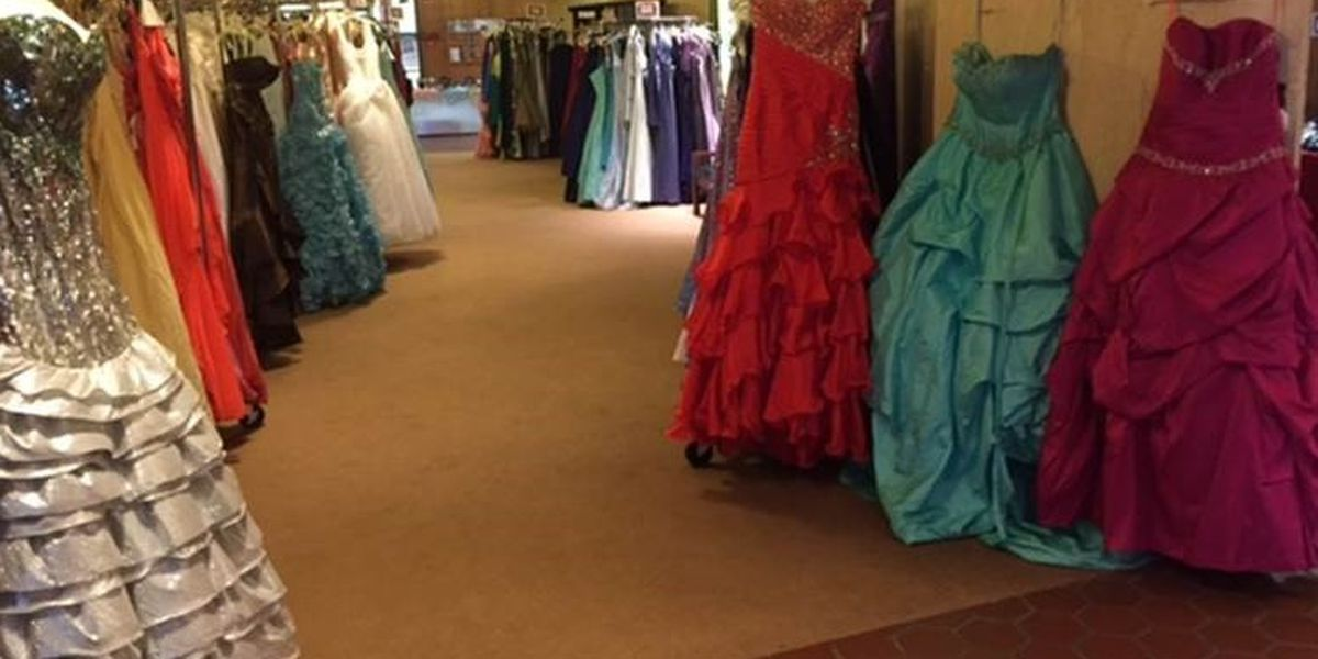 Over 1,000 prom gowns available for free to Northeast Ohio high school girls