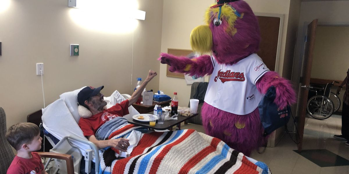 Slider grants lifelong Cleveland Indians fan and hospice patient one last wish