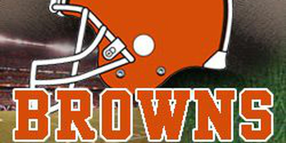 Browns fans weather the storm and watch a win