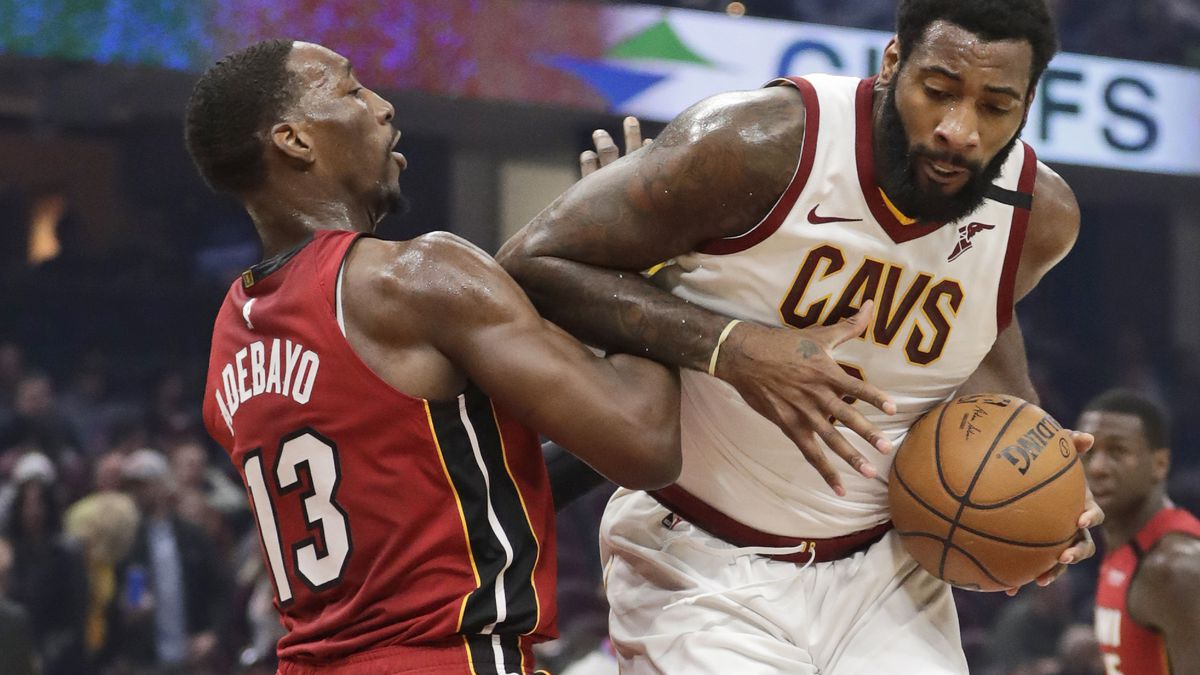 Cleveland Cavaliers star Andre Drummond leaves $1,000 tip at a Florida restaurant for waitress