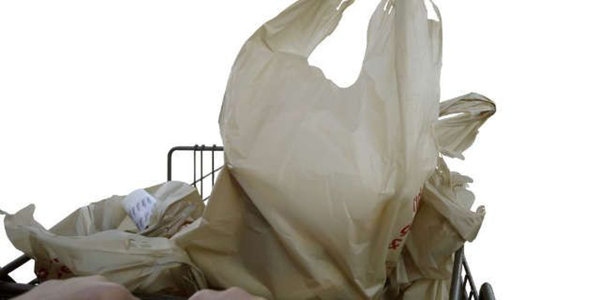 Trending: Should plastic bags be banned, Hawaii says yes
