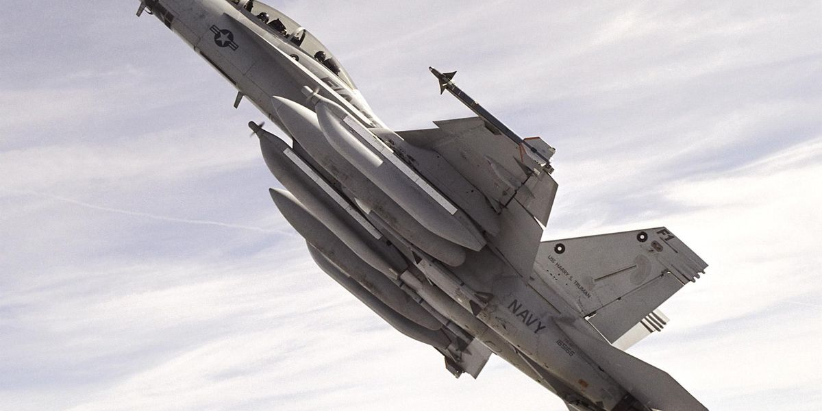 Navy not happy about pilot who drew obscene picture with jet exhaust