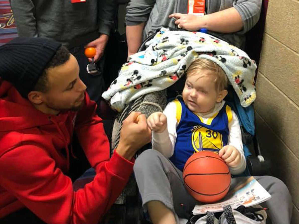 d60767e89966 4-year-old boy who met Steph Curry at Cavs game passes away days later