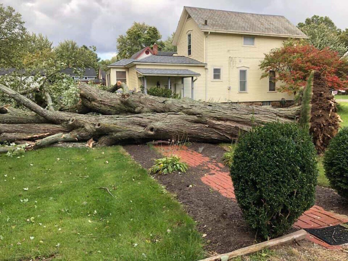 Lengthy power outages plaguing Northeast Ohioans after whirlwind storm