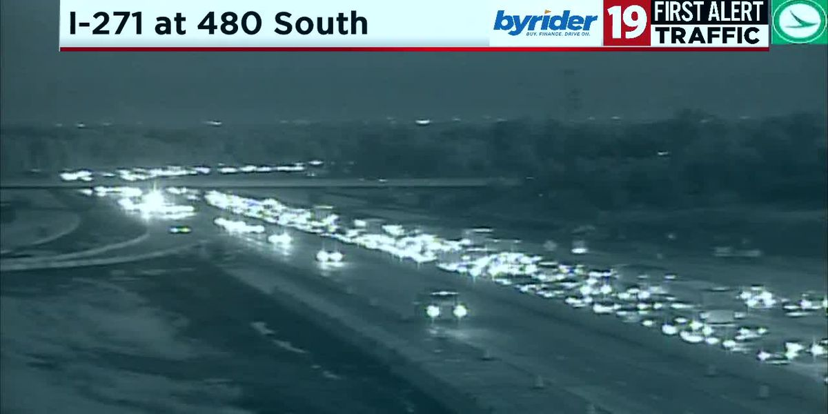 Heavy traffic due to an accident on I-271 NB near Rockside Road