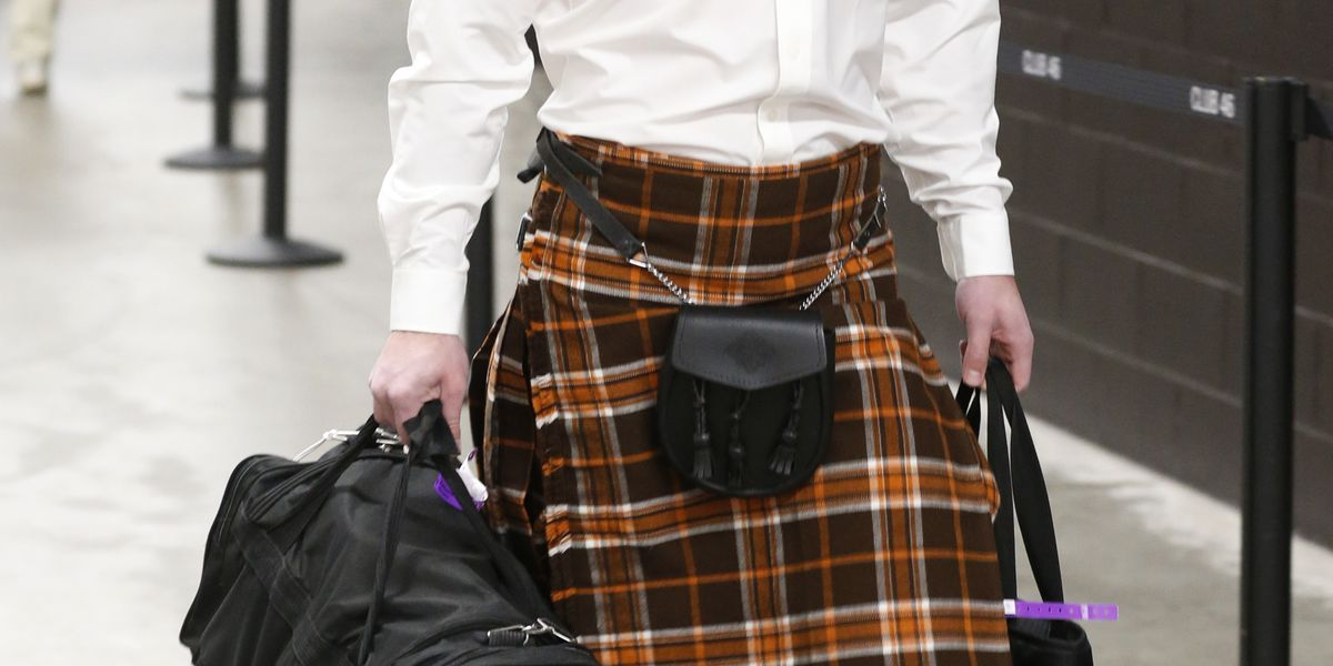 Cleveland Browns' Jamie Gillan pulls out a kilt ahead of Ravens' matchup