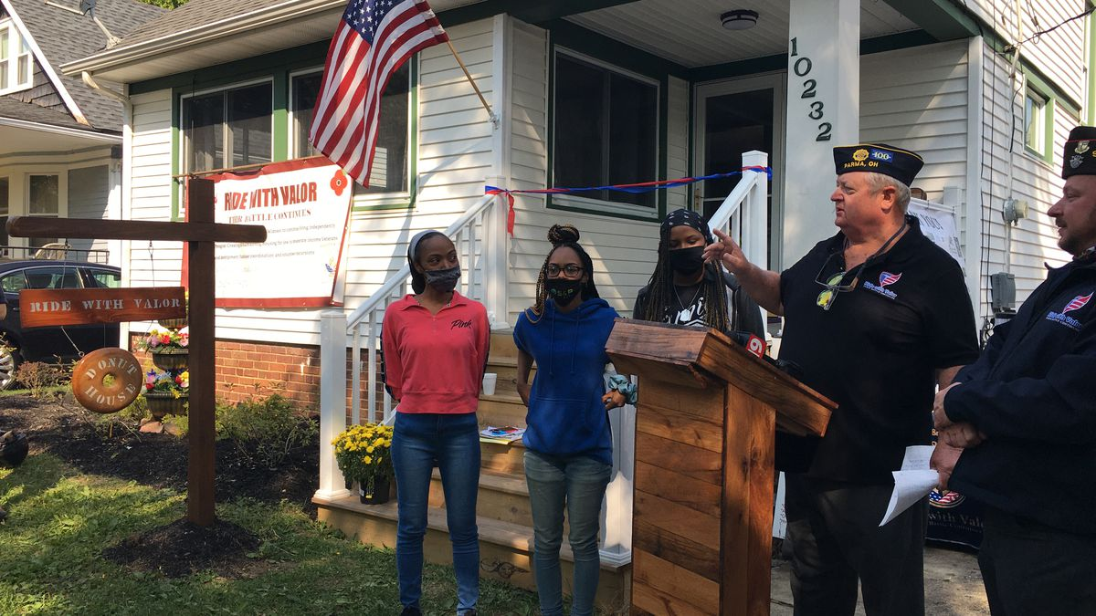 'Ride with Valor' gifts a homeless veteran with keys to a newly remodeled home