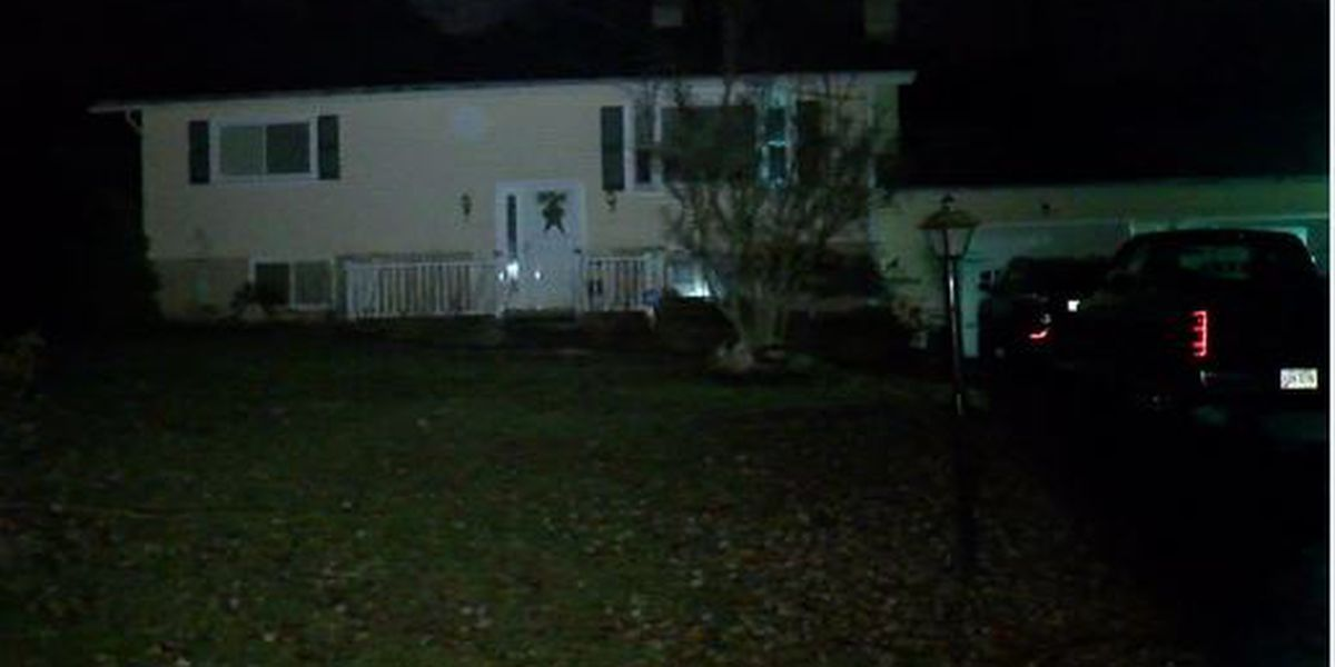 Fire injures two Akron residents