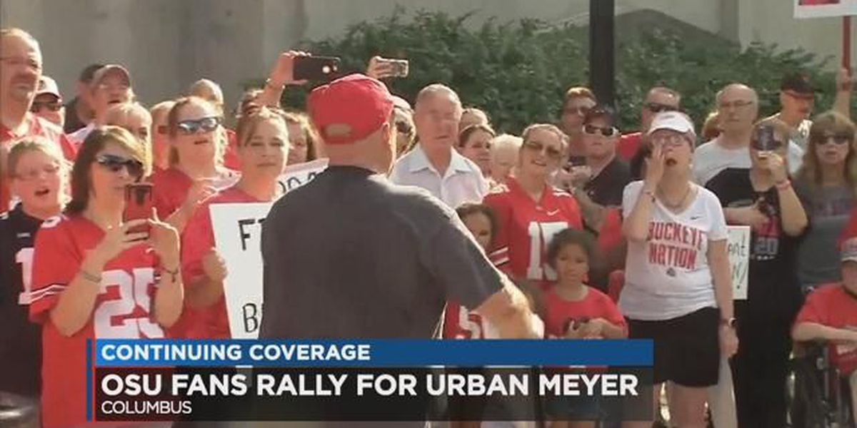 Ezekiel Elliot's father joins rally supporting embattled OSU coach Urban Meyer