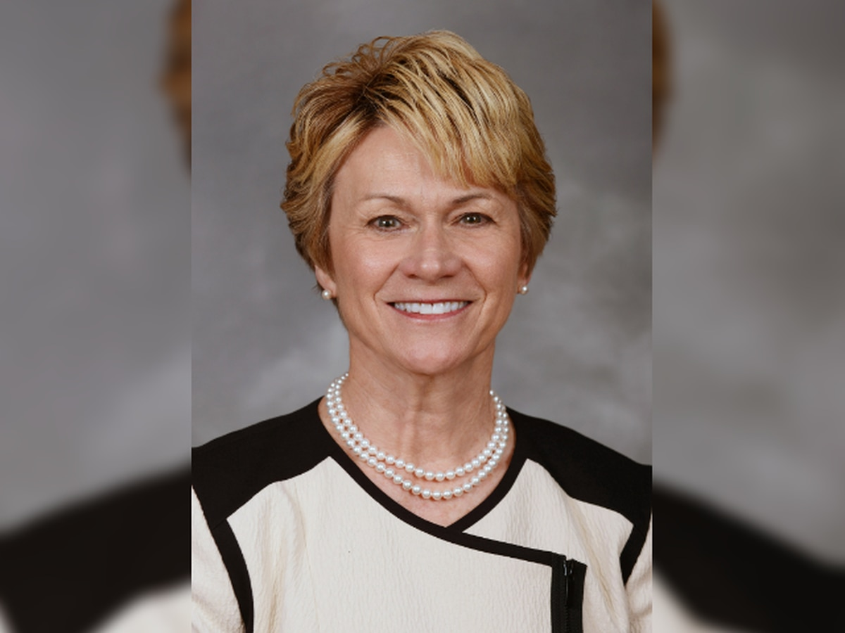Kent State University president announces she is stepping down