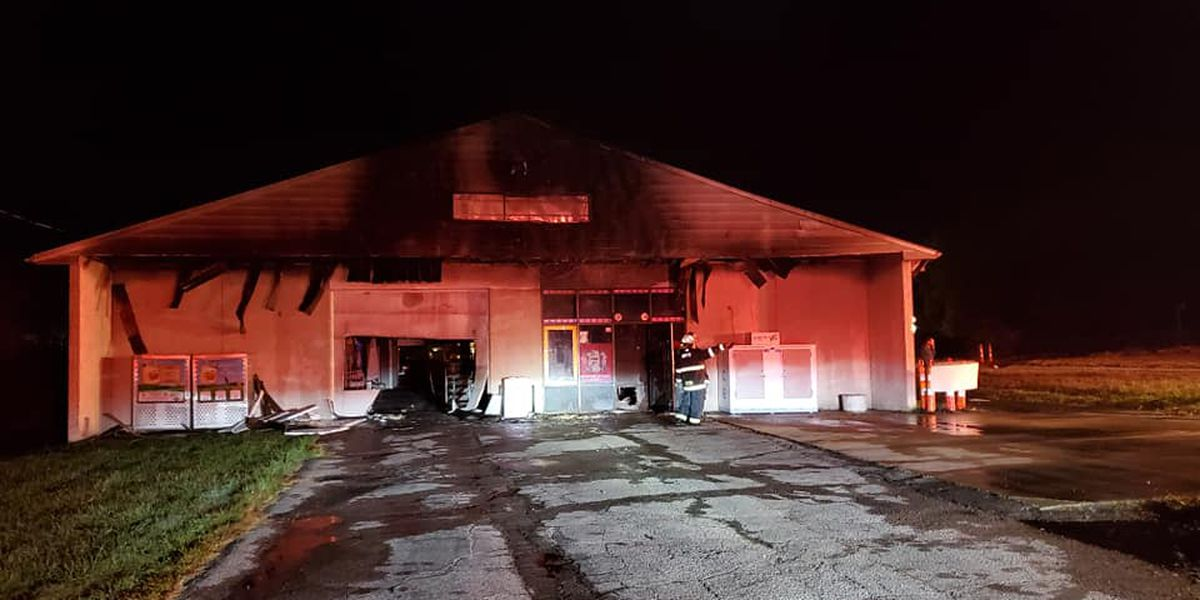 Fire burns North Ridgeville business