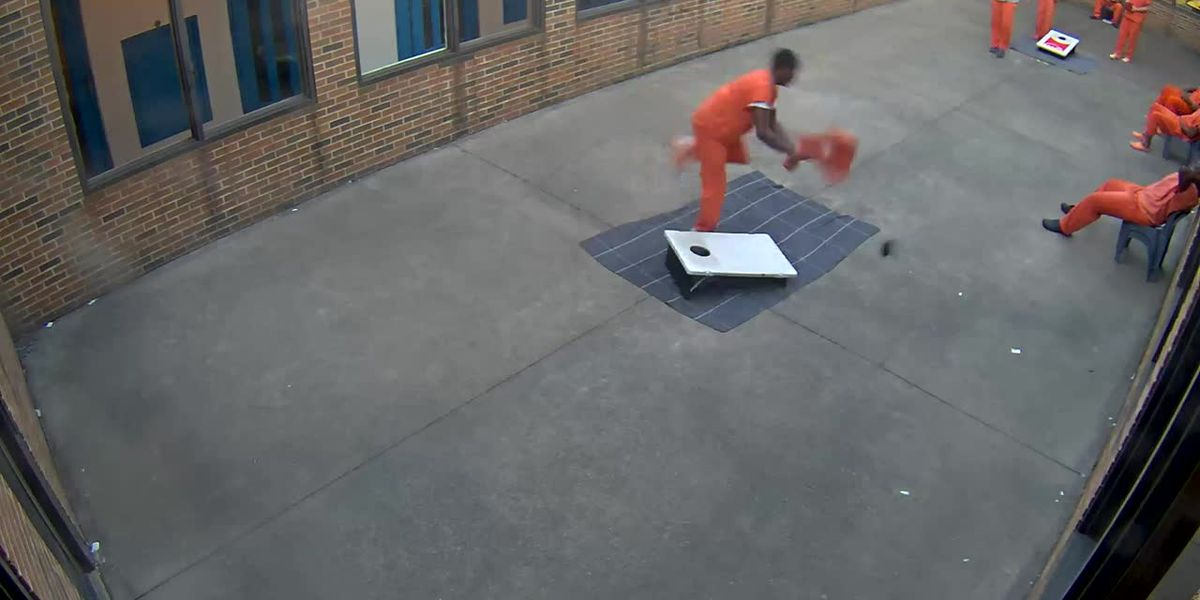 Drone delivers contraband to inmate at Cuyahoga County Jail facility in Euclid (video)
