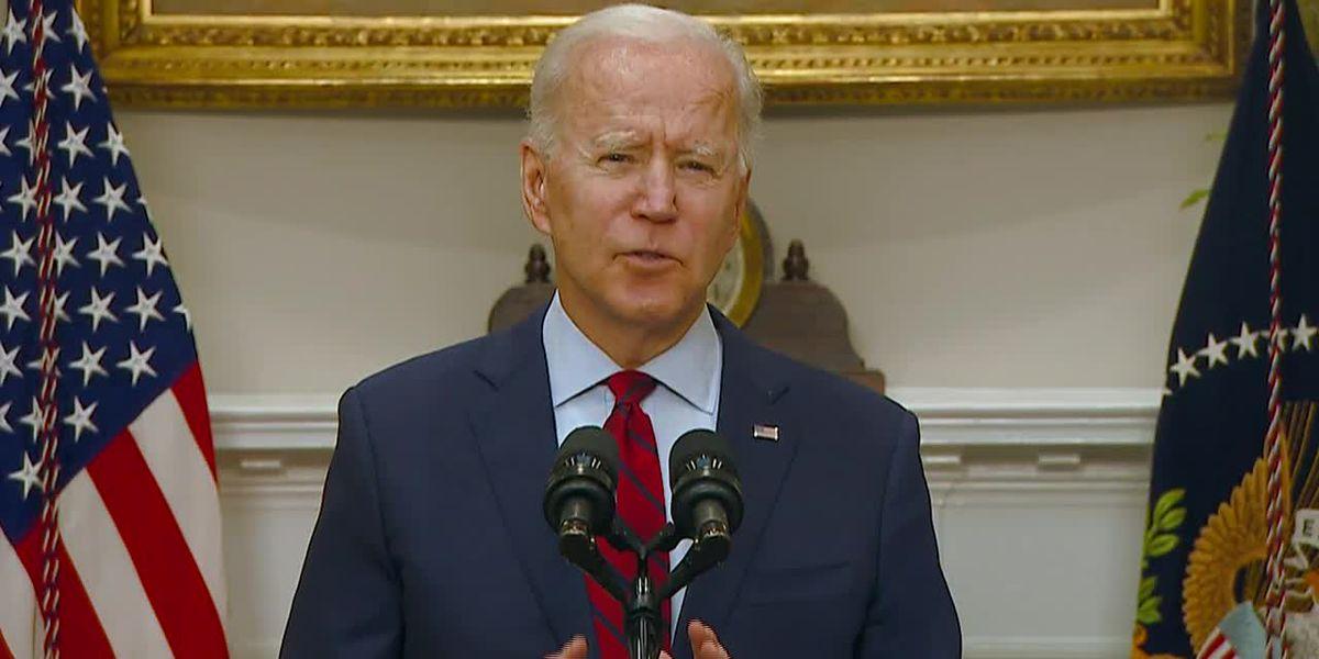 Biden to prioritize vaccinating school teachers