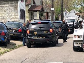 Driver in stolen car remains on the loose after leading East Cleveland police on chase