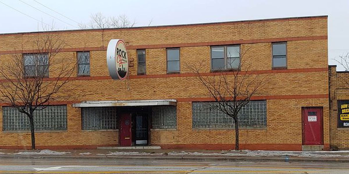 Vacant Parma bowling alley to be demolished; crews expected to block streets, sidewalks