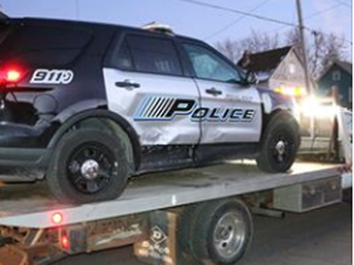 Ashland Police officer injured after cruiser hit by another driver over the weekend