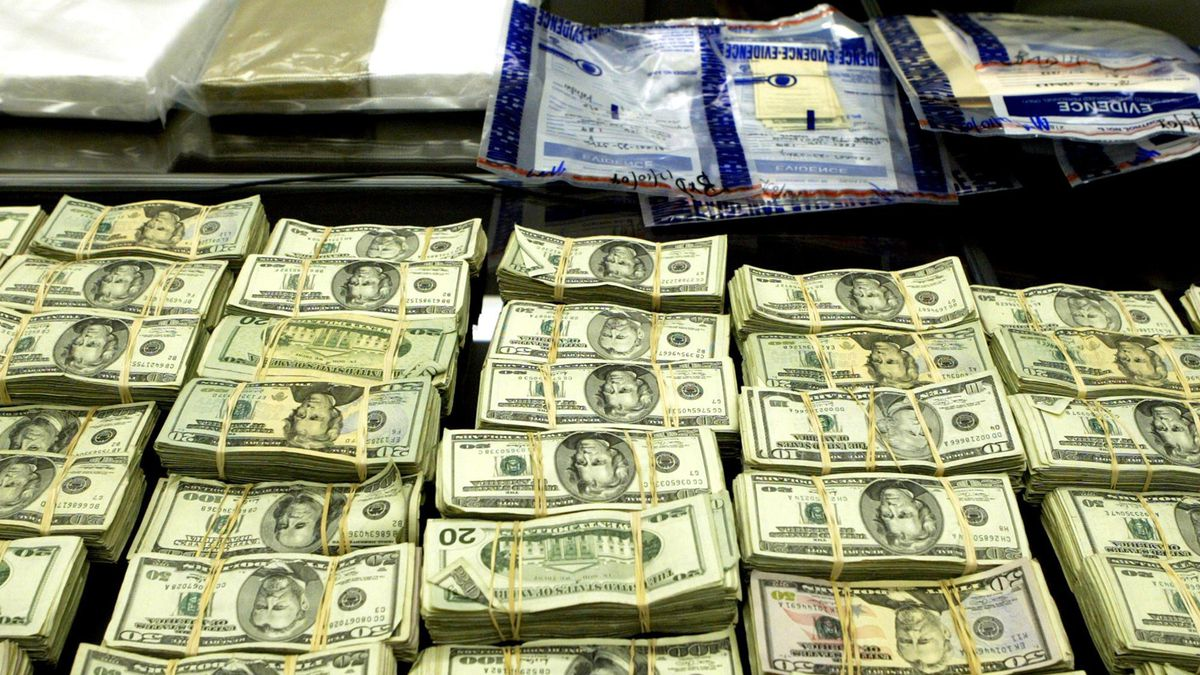 DEA intercepts $1 million worth of cocaine and fentanyl in Cleveland during high-level drug bust
