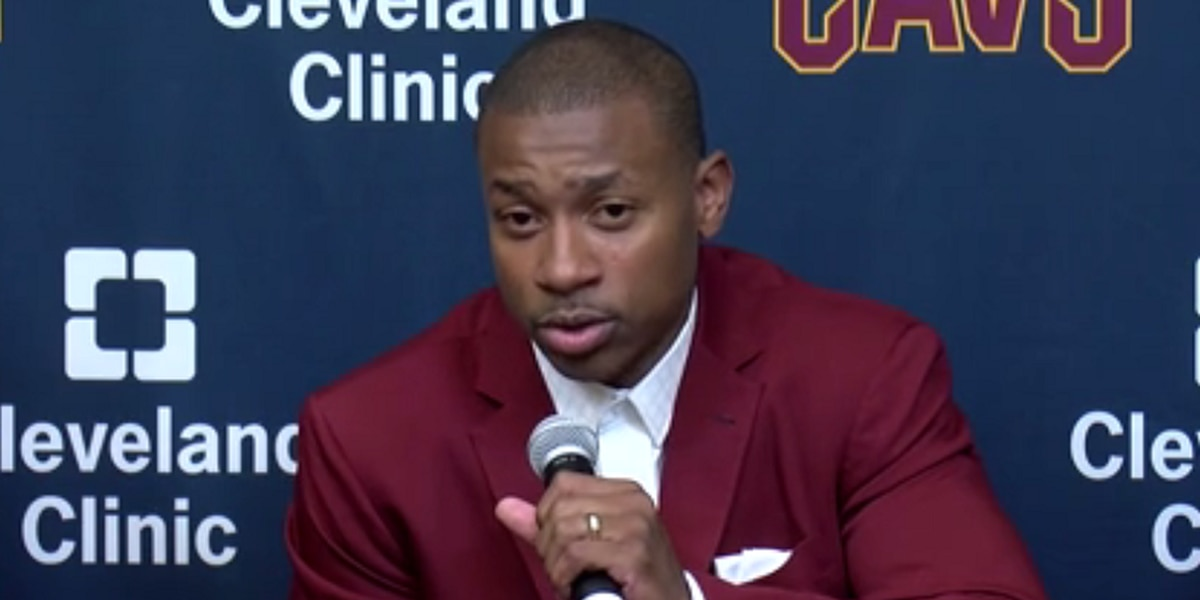 Isaiah Thomas apologizes to Cleveland in response to what he said in live video
