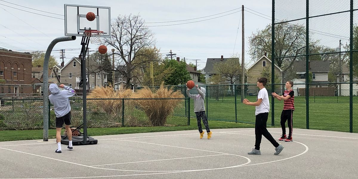 Lakewood: The basketball hoops at Madison Park are coming back