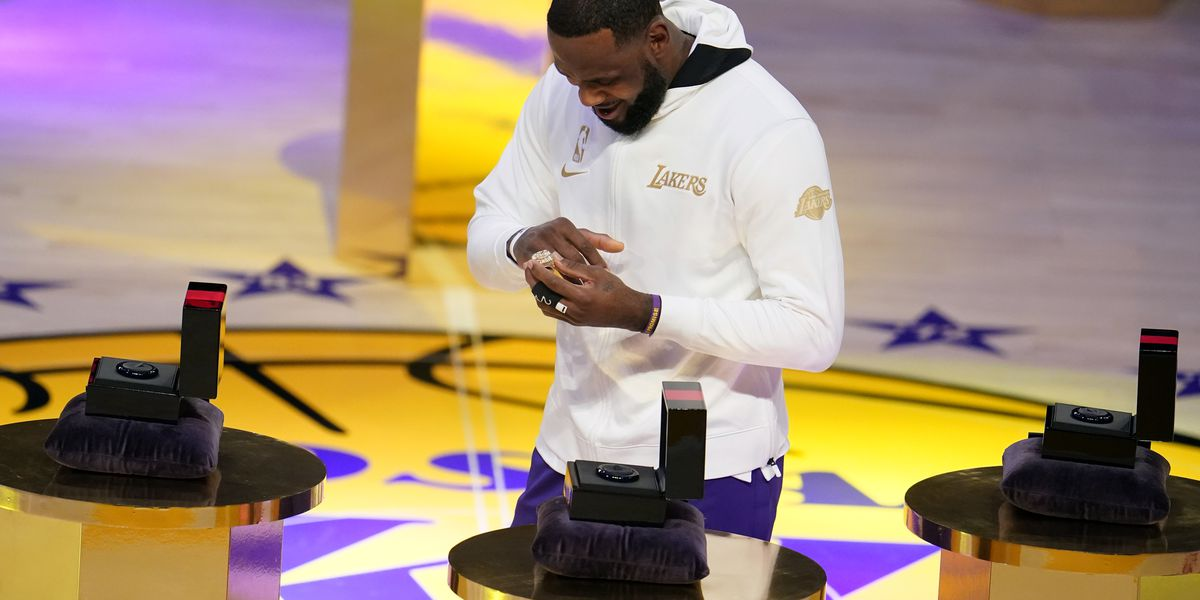 Students of Akron's I Promise School present LeBron James with his NBA championship ring (video)