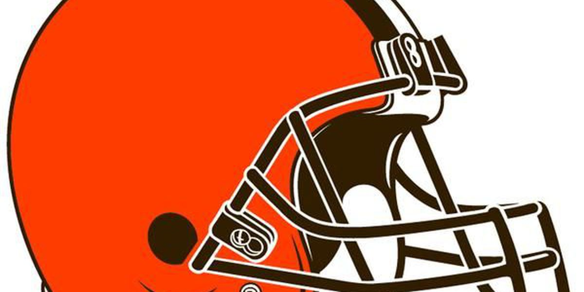 Browns re-sign Seymour