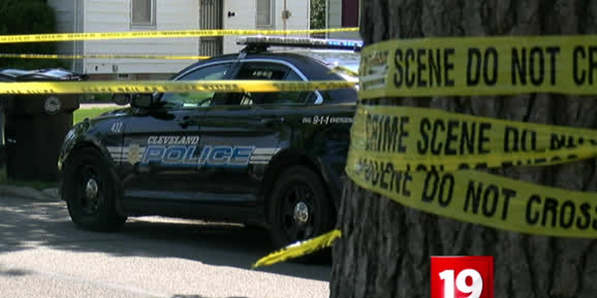Man gunned down in broad daylight on Cleveland's West Side; homicide unit investigating