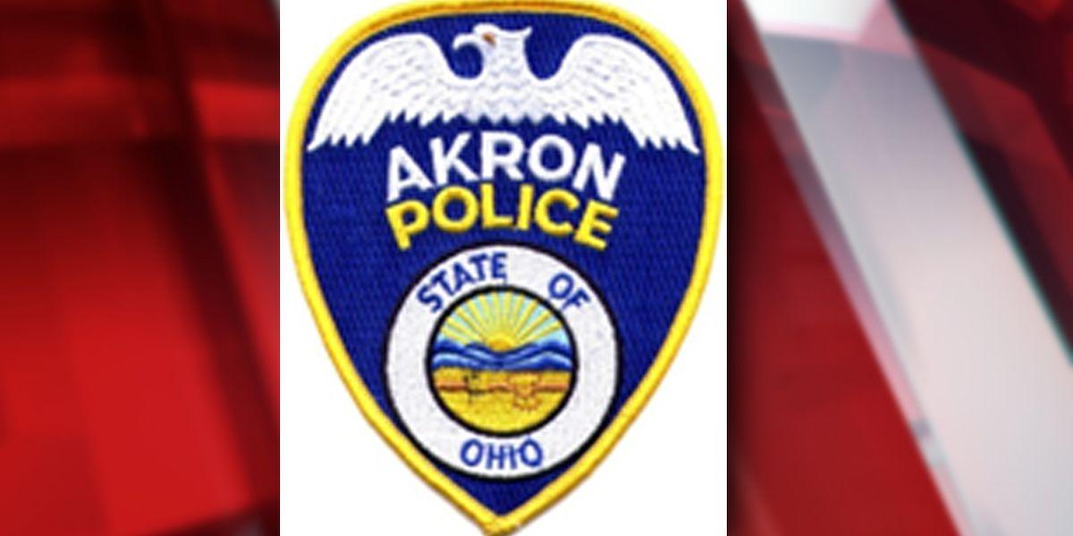 Akron residents find murder victim in parking lot